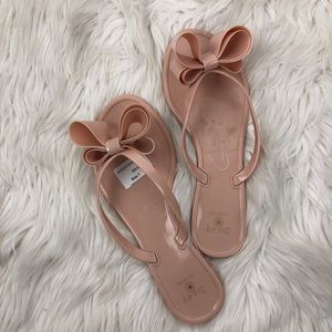 Dizzy jelly bow thong nude sandals size 7